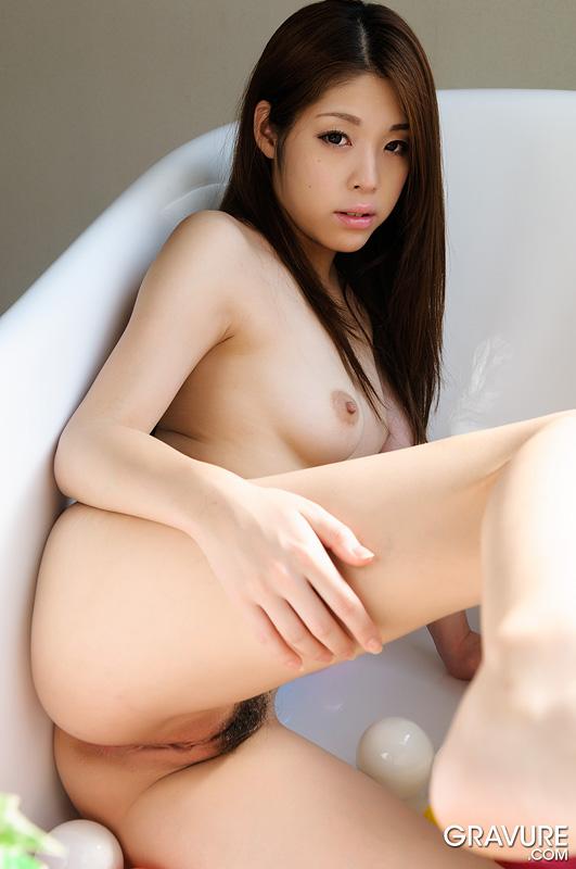 Sexy nude gravure